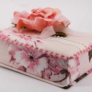 Кутия за бижута с цвете