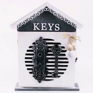 """Кутия за ключове """"Къщичка"""" с  ключ"""