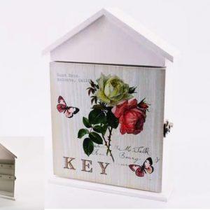 """Кутия за ключове """"Къщичка"""" с цветя и пеперуди"""