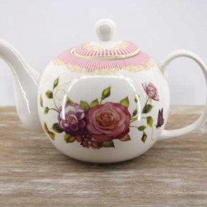 Чайник във винтидж стил