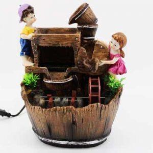 Декоративен фонтан-Момче и момиче
