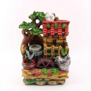 Декоративен фонтан-Къща с тепавица