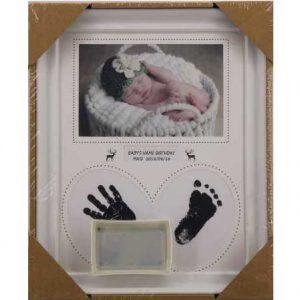 Бебешки отпечатък на ръчичка и краче