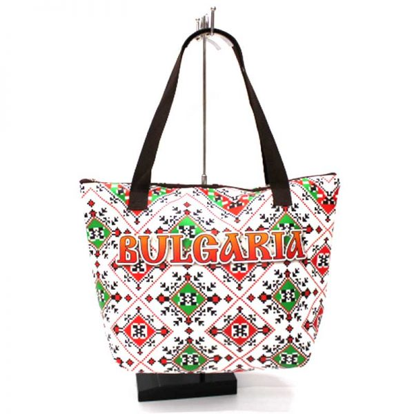 Дамска чанта с български мотиви