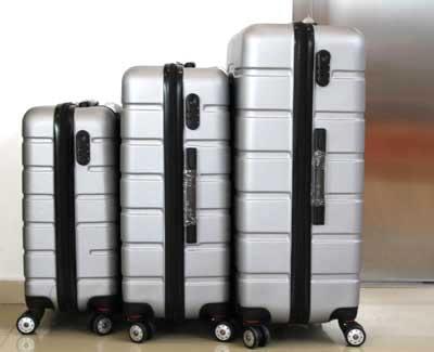 Куфар PVC в светло сиво