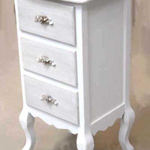 Шкаф с три чекмеджета в бароков стил