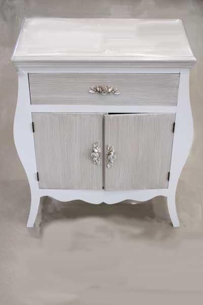 Шкаф с чекмедже и 2 вратички в бароков стил