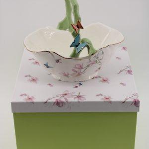 Бонбониера - кошница с 3D цветчета