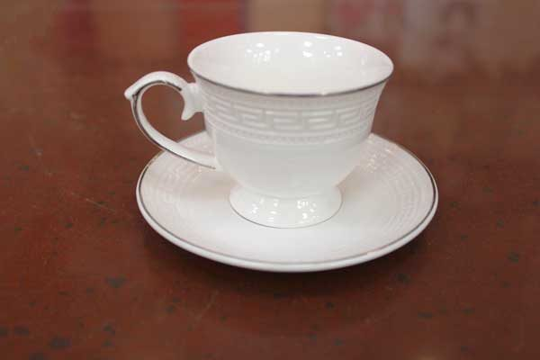 Комплект за кафе 4 части (бяло)