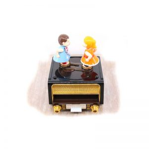 Музикална кутия Ретро радио
