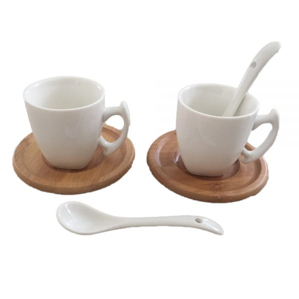 Комплект за кафе / 2-ка/ с бамбукови чинийки